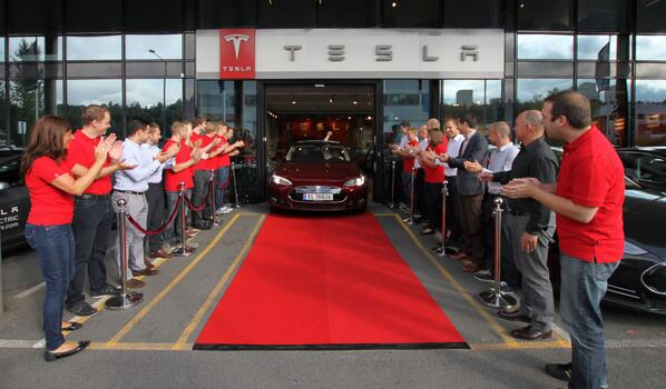 Velkommen Model S! The first deliveries outside North America began today in Oslo!  Photo courtesy of Tesla