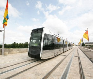 Alstom's Citadis tramway, Wilson bridge, Tours (France). Copyright: Claire Garate/SITCAT Photo courtesy of Alstom