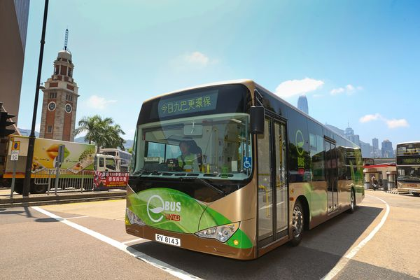 eBus will serve Route 2, which runs between Star Ferry Bus Terminus and So Uk, in the morning and evening peak hours for one month. Photo courtesy of Kowloon Motor Bus