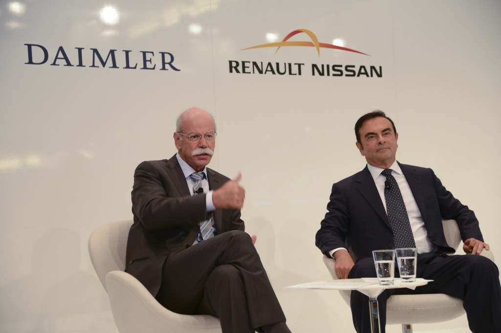 Renault-Nissan Chairman and CEO Carlos Ghosn (right) and Daimler CEO and Head of Mercedes Benz Cars Dieter Zetsche. Photo courtesy of Nissan