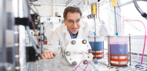 Michael J. Aziz (pictured) and others at Harvard University have developed a metal-free flow battery that relies on the electrochemistry of naturally abundant, small organic molecules to store electricity generated from renewable, intermittent energy sources. (Photo by Eliza Grinnell, SEAS Communications.) Courtesy of Harvard University
